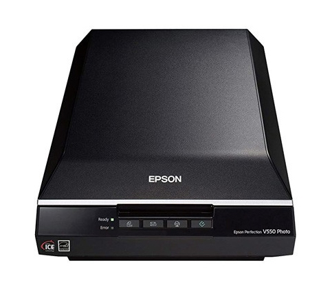 Epson Perfection V550 Color Photo Scanner with 6400 dpi (B11B210201)